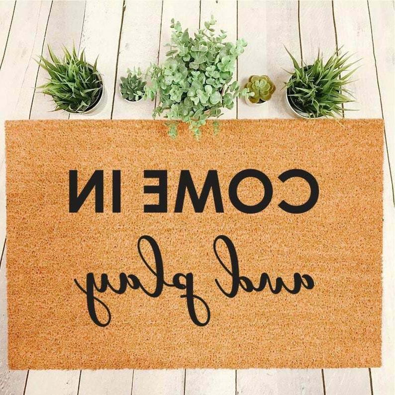 come in and play mini playhouse doormat