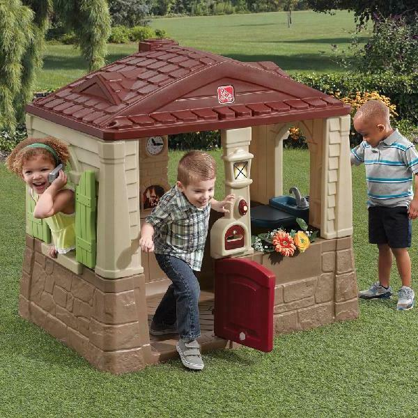 Cottage Playhouse Toddlers Toys w/ Kitchen
