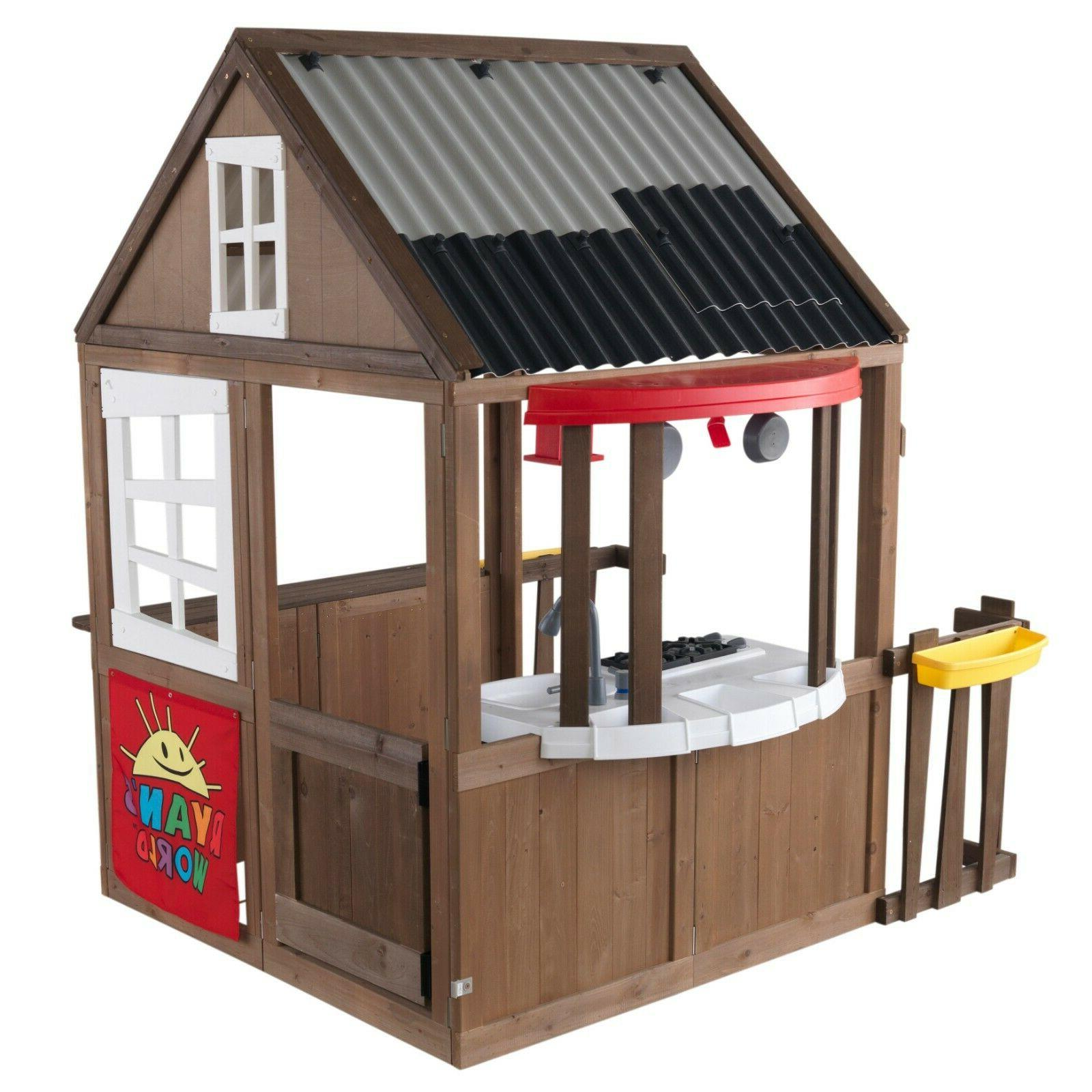 Outdoor Clubhouse Kitchen- New- Free Shipping!